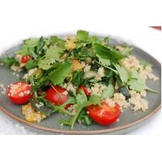 Салат с запеченными овощами и киноа